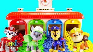 Paw Patrol Eat & Count Magical Rainbow M&M's Garage