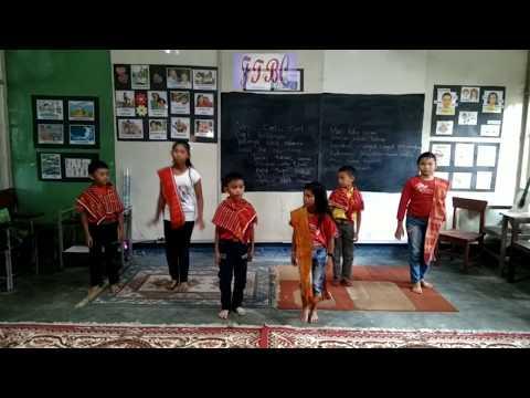 Dance Tradisional Karo - Mbuah Page (Anak Les Brilliant Stars)