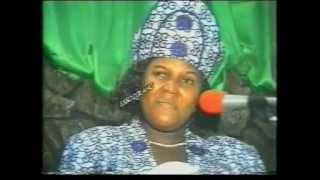 Togo Gospel Music: Essozolang (Jesus loves you = Yesu lo wo (Ewe) - Mme Abitor