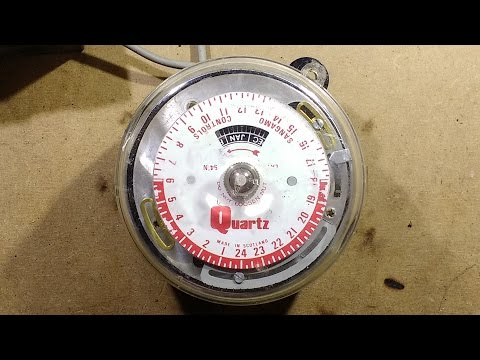 Fixing a Sangamo street lighting time switch with solar dial