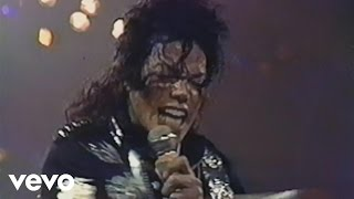 Смотреть клип Michael Jackson - Wanna Be Startin' Somethin'