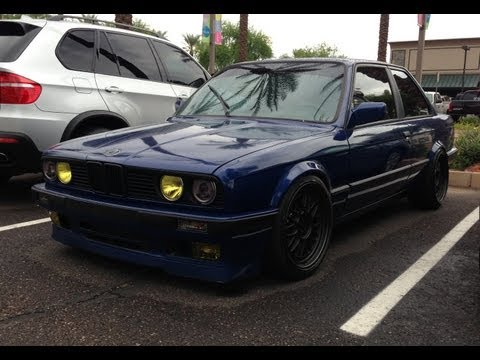 BMW E30 3 Series Classic Coupé at Cars and Coffee Scottsdale