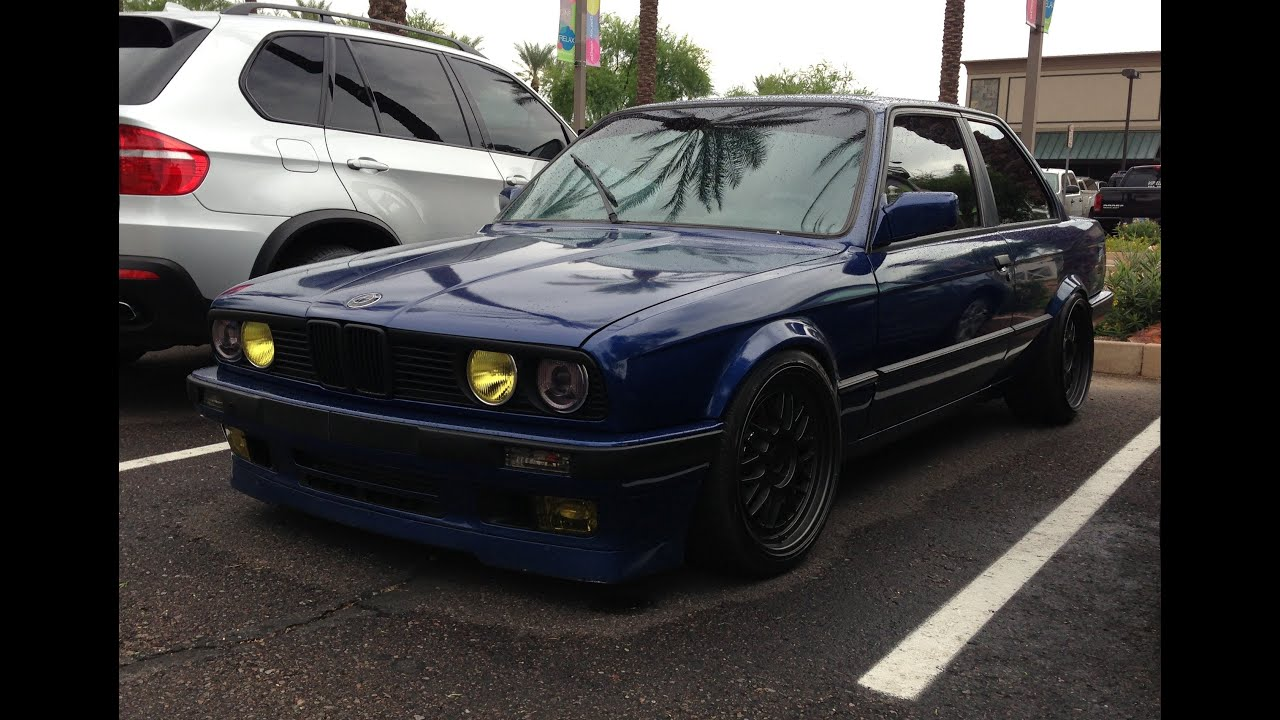 Bmw E30 3 Series Classic Coupe At Cars And Coffee Scottsdale Youtube