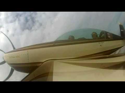 PATTY WAGSTAFF TRAINING KIRK HARRIS ON AEROBATICS
