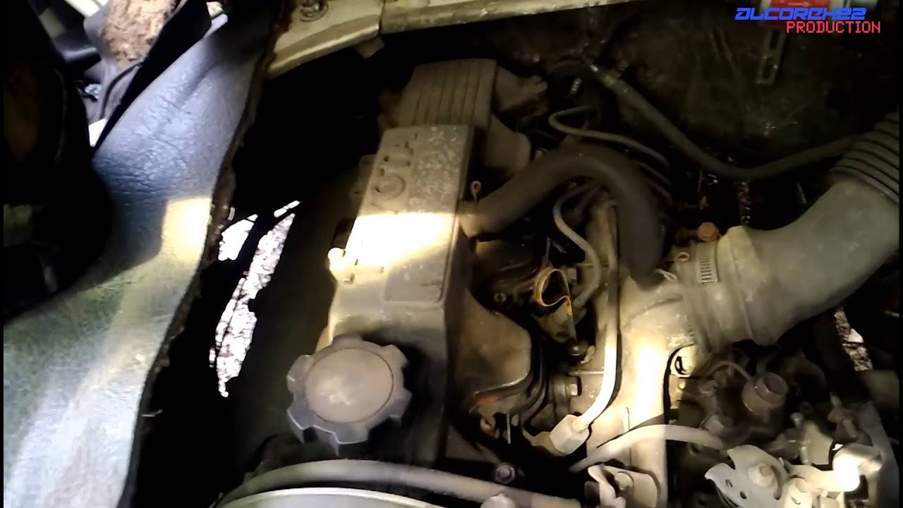 Toyota 2C Engine View