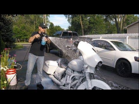 2017 Street Glide Maintenance Wash