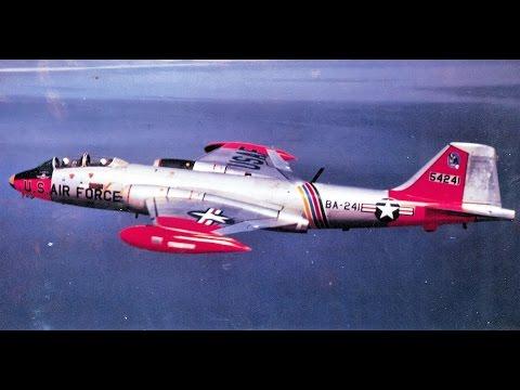 Знаменитые самолеты. Серия 2. Martin B-57 Canberra.