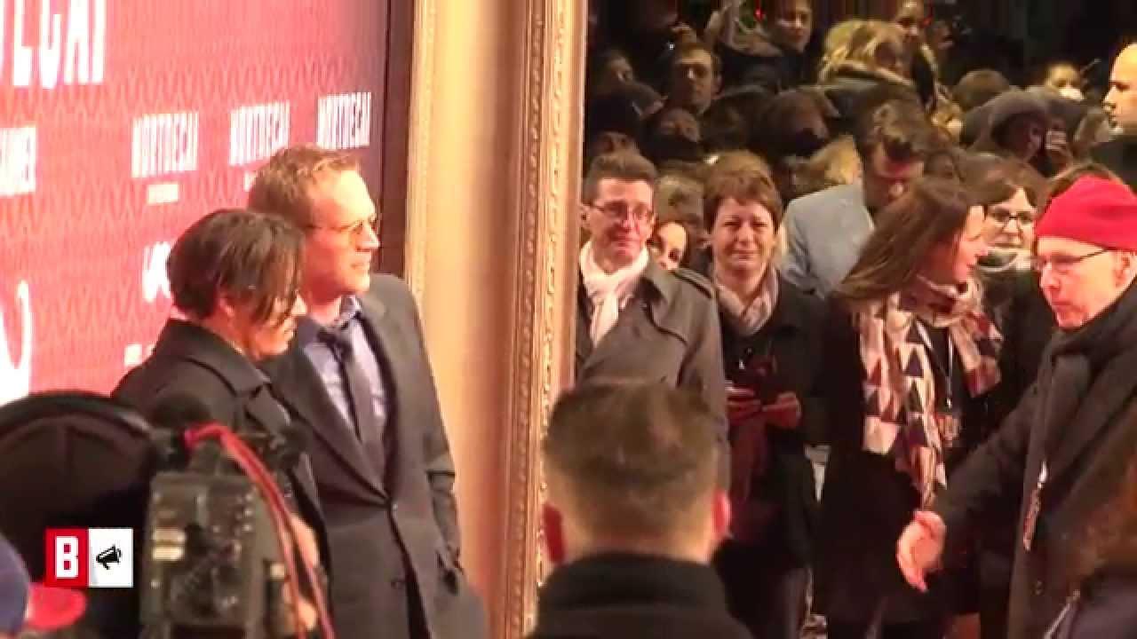 BUNTE TV - NewsFlash: Johnny Depp - So tickt er wirklich!