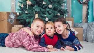 Семейная фототосъемка в интерьерной фотостудии в Киеве - слайд шоу(, 2015-02-26T21:56:37.000Z)