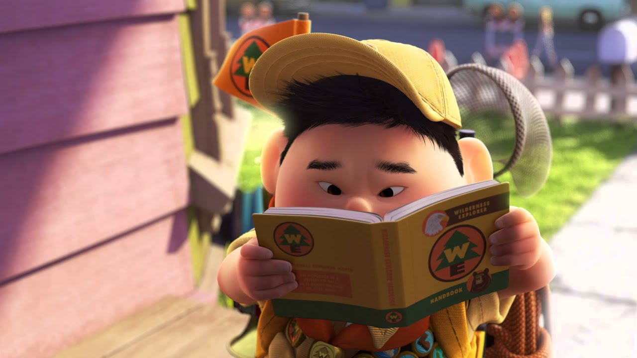 本を読む真剣な表情のラッセル