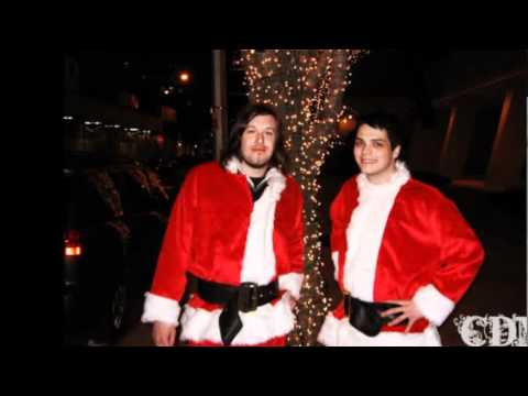 Merry christmas!!! my chemical romance.wmv - YouTube