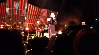 Florence + The Machine - Spectrum (Say My Name) - Live in Raleigh, NC