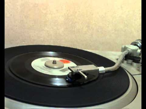 Clint Black with Wynonna - A Bad Goodbye [stereo 45 version]