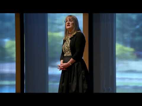 Bridging the refugee health gap | Claire Jones | TEDxUQ