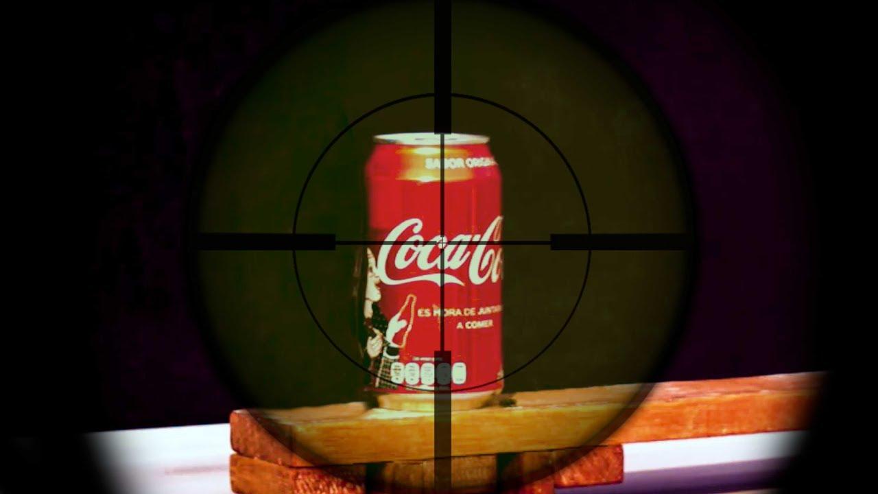 ¿Qué pasa si le disparas a una lata de Coca Cola?