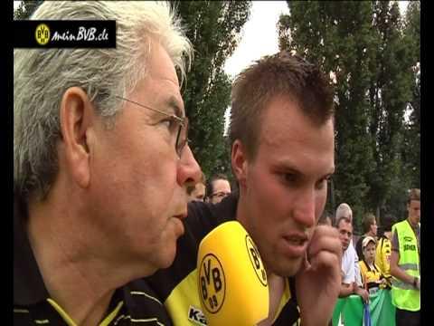 Trainingslager Tag 3 - Interview mit Kevin Großkreutz beim Testspiel in Floridsdorf