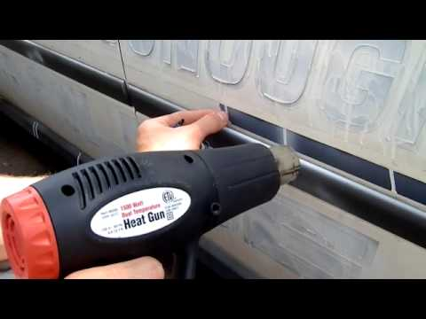 How To Remove Vinyl Pinstripes From A Bayliner Boat