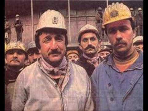 Grup Yorum-Madenciden(güneşi ßekLerken)