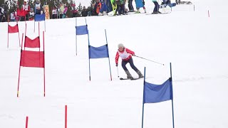 В Верхней Салде прошли корпоративные соревнования по горнолыжному спорту