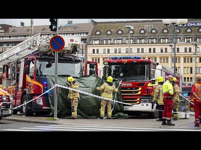 <h2><a href='https://webtv.eklogika.gr/' target='_blank' title='Φινλανδία: Πολλαπλές επιθέσεις με μαχαίρι'>Φινλανδία: Πολλαπλές επιθέσεις με μαχαίρι</a></h2>