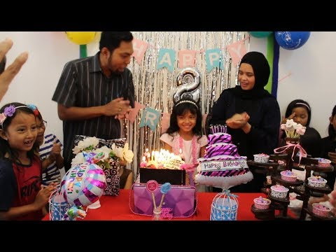 Selamat Ulang Tahun Charma ke 8 ♥ Happy Birthday Party Surprise 8th Birthday cake and candles