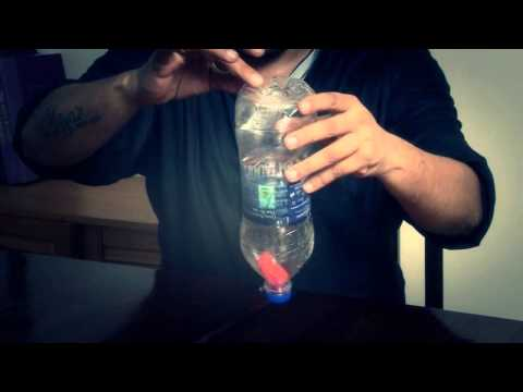 【意凡魔術小舖】2014 Manoj Bottle--馬努基瓶(物體進水瓶+ DVD)底穿瓶