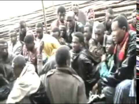 [አፈትልኮ የወጣ የፖሊስ ቪድዮ]  Ethiopian Federal Police  harassing, and abusing Ethiopian Muslims