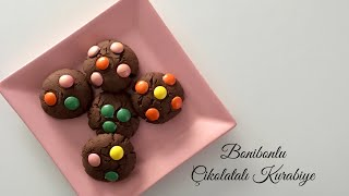 Bonibonlu Çikolatalı Kurabiye - Pratik Tarifler / Tatlı Tarifleri/Yemek Tarifleri - Melis'in Mutfağı