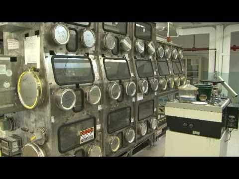 Removing gloveboxes from a Plutonium Finishing Plant laboratory