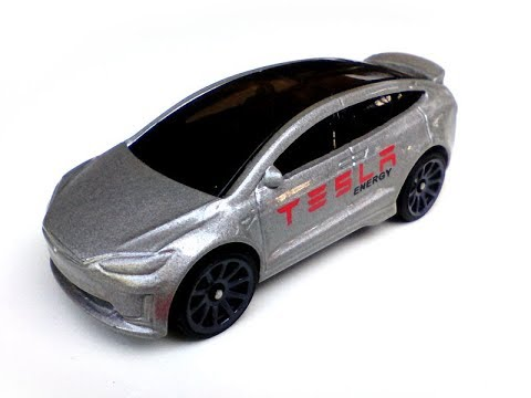 tesla-model-x-hot-wheels-diecast-model