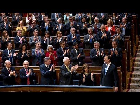 Rajoy anuncia medidas de reducción de impuestos e incentivos a la creación de empleo