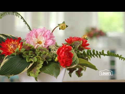 How to Arrange Flowers from Your Garden