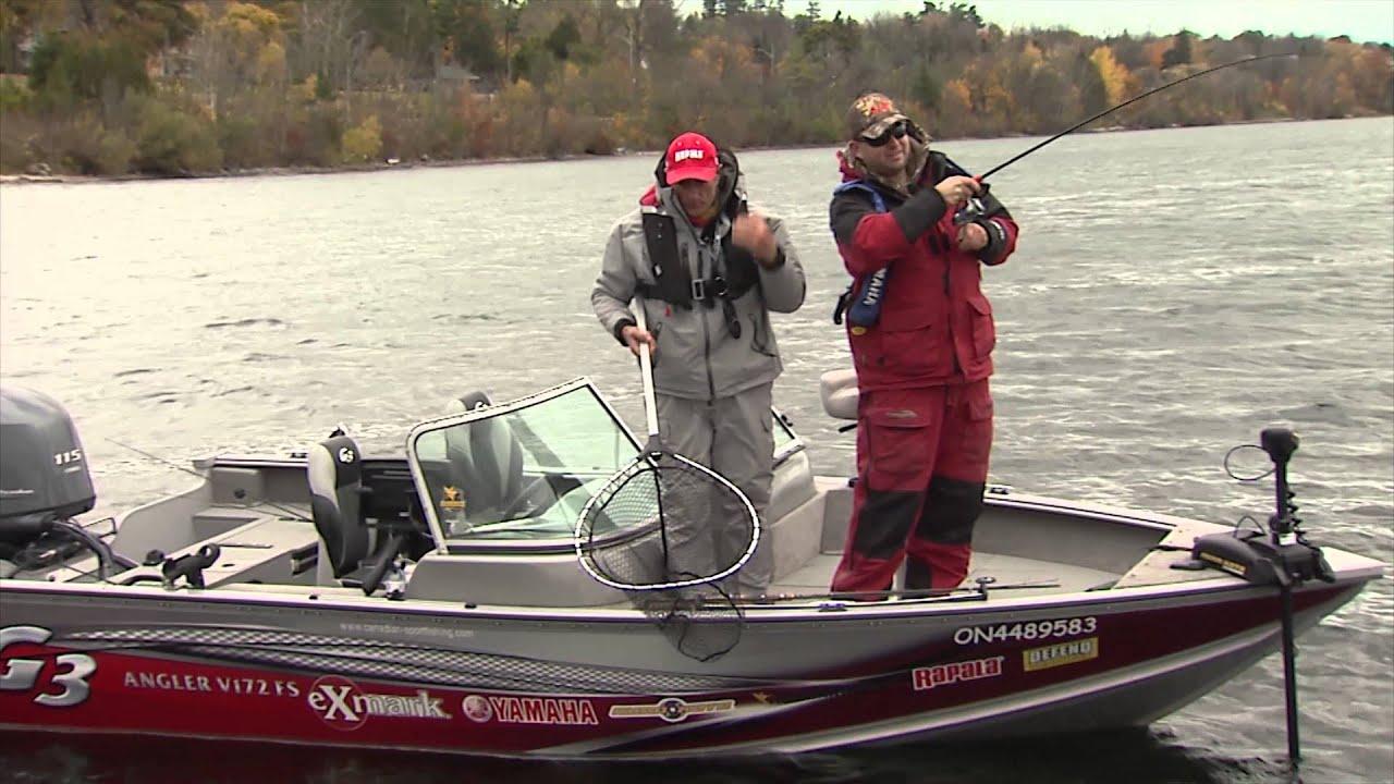 Fall large smallmouth bass fishing lake simcoe on for Lake simcoe fishing