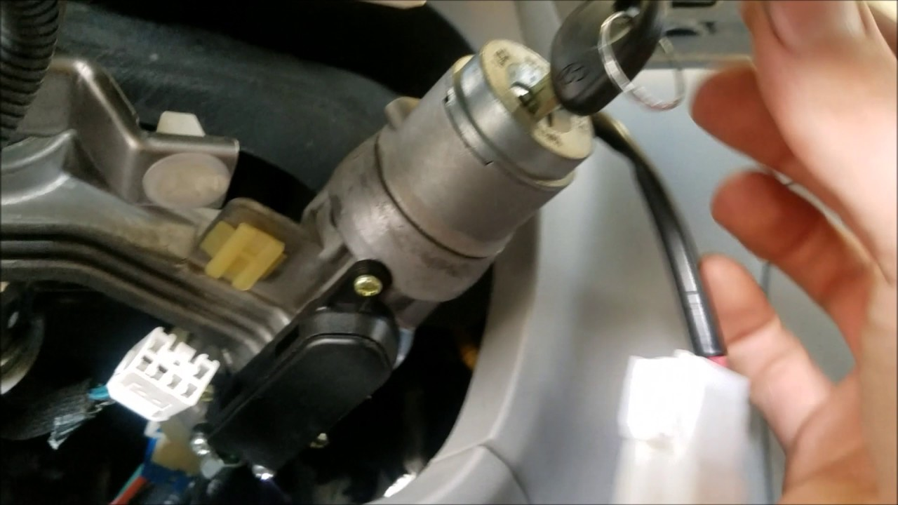 how to replace hyundai accent lock cylinder [ 1280 x 720 Pixel ]