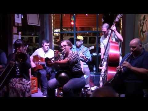Shotgun Jazz Band plays Oriental Man at The Three Muses
