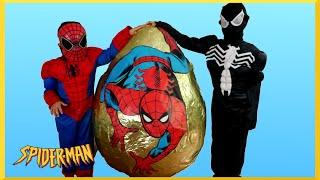 giant egg surprise opening spiderman vs venom superhero battle kids marvel superhero toys kids video