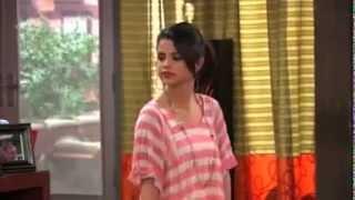 Alex Russo - Selena Gomez cantando Juntos por siempre ♪ por segunda vez (VOZ REAL)