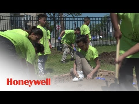Jersey City Students Showcase Urban Sustainability Projects at Honeywell