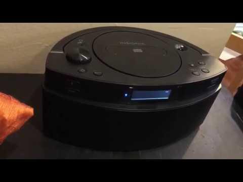 Insignia CD Boombox AM FM Radio  AUX BlueTooth Battery Powered Plug In NS-CBBTCD01-B 09-2019