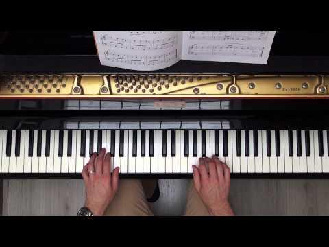 How to play Little Bird (Dutch version: Kleine vogel) Hal Leonard Piano Book 3