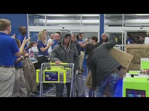 Is Black Friday bigger than Boxing Day in Canada?