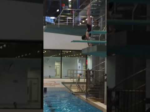 Kyla Law - 3m - Armstand Dive - 600a