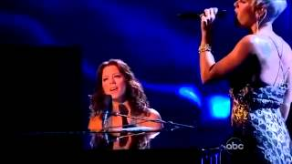 Download lagu Sarah McLachlan & Pink Sing  In The Arms of The Angel