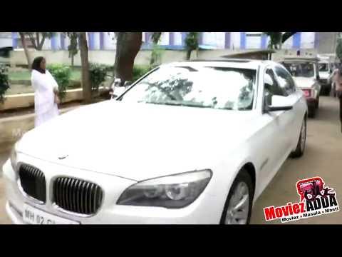 Download Salman Khan And Shahrukh Khan At Baba Siddique 39 S