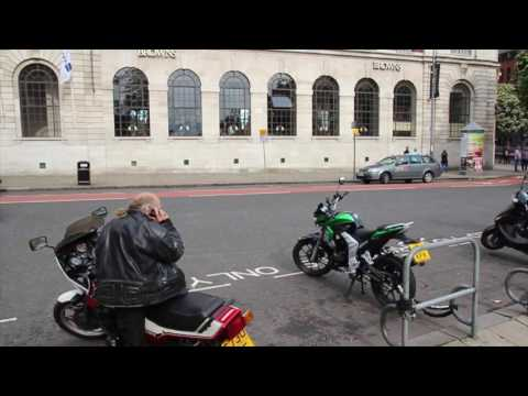 leeds city centre tour walk around England UK
