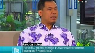 Jubir FPI Munarman Siram Muka Sosiolog Tamrin A Tomagola Saat Diskusi Di TV One [28 Juni 2013]