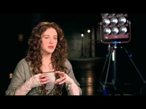 "Winter's Tale: Jessica Brown Findlay ""Beverly Penn"" On Set Movie Interview"