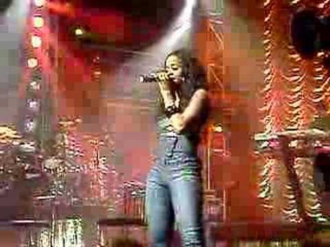 Sugababes - Overload (Live clip from Dominion Theatre)