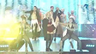 Corina pe scena Media Music Awards 2016.