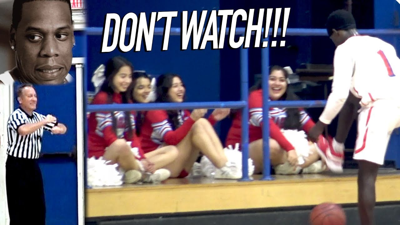 this-game-will-make-you-cringe-cheerleaders-ref-laughing-at-players-d1-vs-d5-unfair